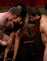 Submissive Man Dominated By Ebony Babe