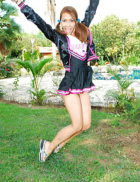 Cheerleader Latina girl