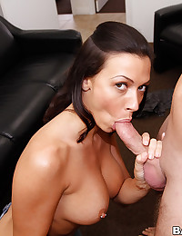 Saucy Rachel Milks Thick Dick
