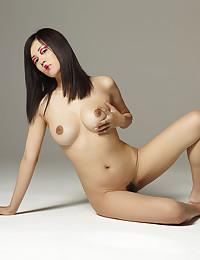 Sexy Konata shows us her best attributes.