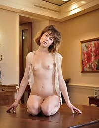 Emily Windsor is glad to meet you on Met Models.