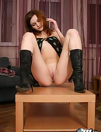 Fair Skinned Redhead Mia Kimmy