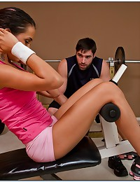 Fit Babe Fucks Her Gym Instructor