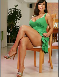 Luscious Cougar Lisa Ann