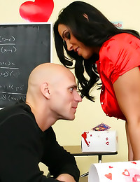 Teacher with sexy fishnets bo...