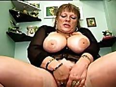 Piss Brigitte Berthet