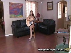 Courtney Cummz - Housewife 1 On 1