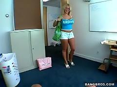 Nicole - Tug Jobs