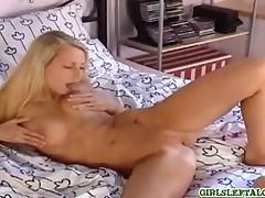 Inco - Girl Masturbates Hot