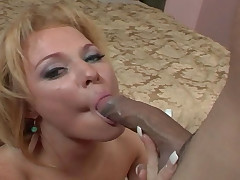 Girl Sucks A Hard Dick & Gets A Nasty Creamy Facial