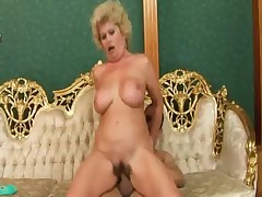 Freaky granny working out on cock