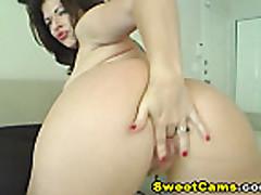 cam; Big Rack Horny Babe Rides a Dildo HD