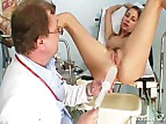 Kira Kinky Gyno Exam At Gyno Clinic With Old Bizarre Do